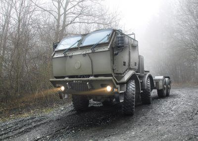 T815-7T3RD1_8x8_chassis_armoured_long_cab