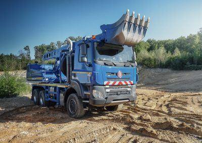TATRA PHOENIX Euro6_6x6_excavator_01
