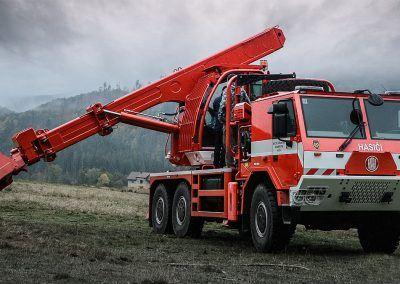 uds214-fire-sq3-ekskavators riga latvia